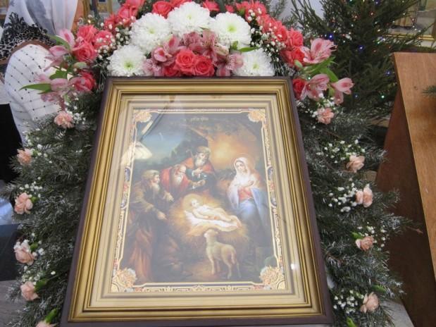 10 января 2016 года, епископ Волгодонский и Сальский Корнилий совершил Божественную литургию в  храме Святой  Троицы г. Волгодонска